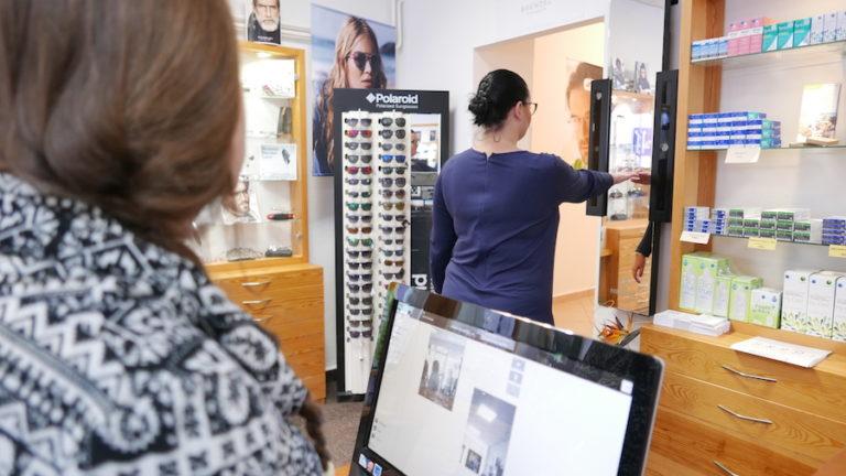 měření pro výrobu brýlových čoček na míru v prodejně 17.listopadu v Pardubicích.
